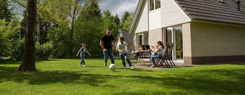 voetbal voor vakantiehuis.jpg